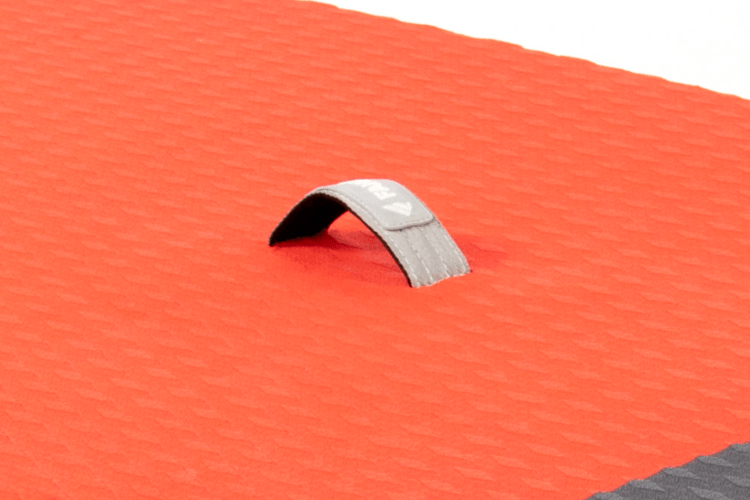 Carrying handle
