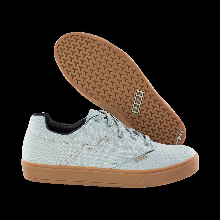 Shoe Seek / 621 tidal green