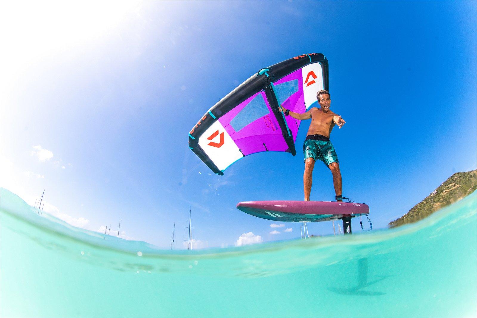 DTX21 FAX22 Slick SkyWing JeremieTronet by TobyBromwich-9775